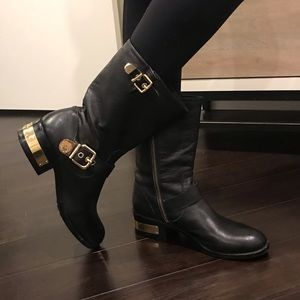 Black Vince Camuto booties